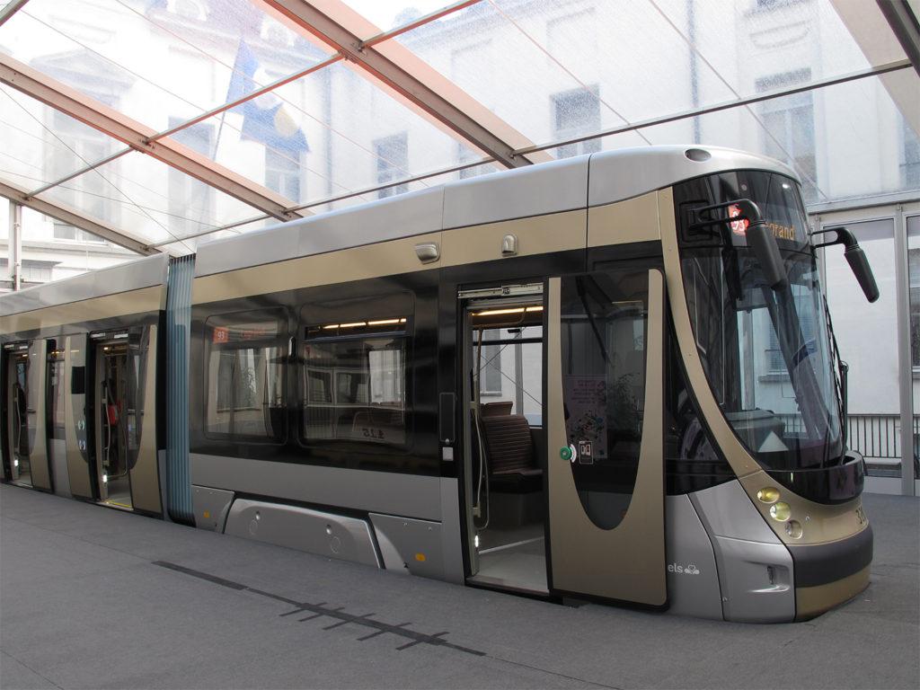 Bombardier TNG Straßenbahn für Brüssel Modell in Originalgröße