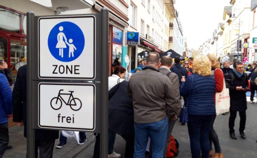 17.12.: Wiesbaden – zu Fuß auf der Wellritzstraße