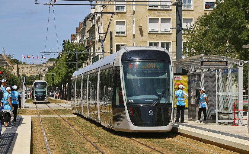 Straßenbahn Caen - Rasengleis